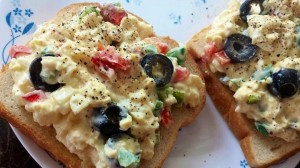 Healthy Egg Salad Sandwiches